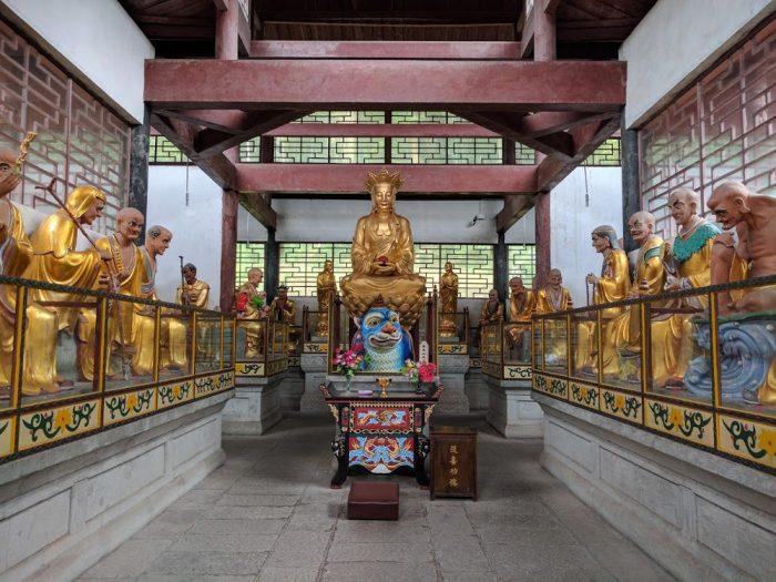 Fuhu Temple à Emeishan   Chine
