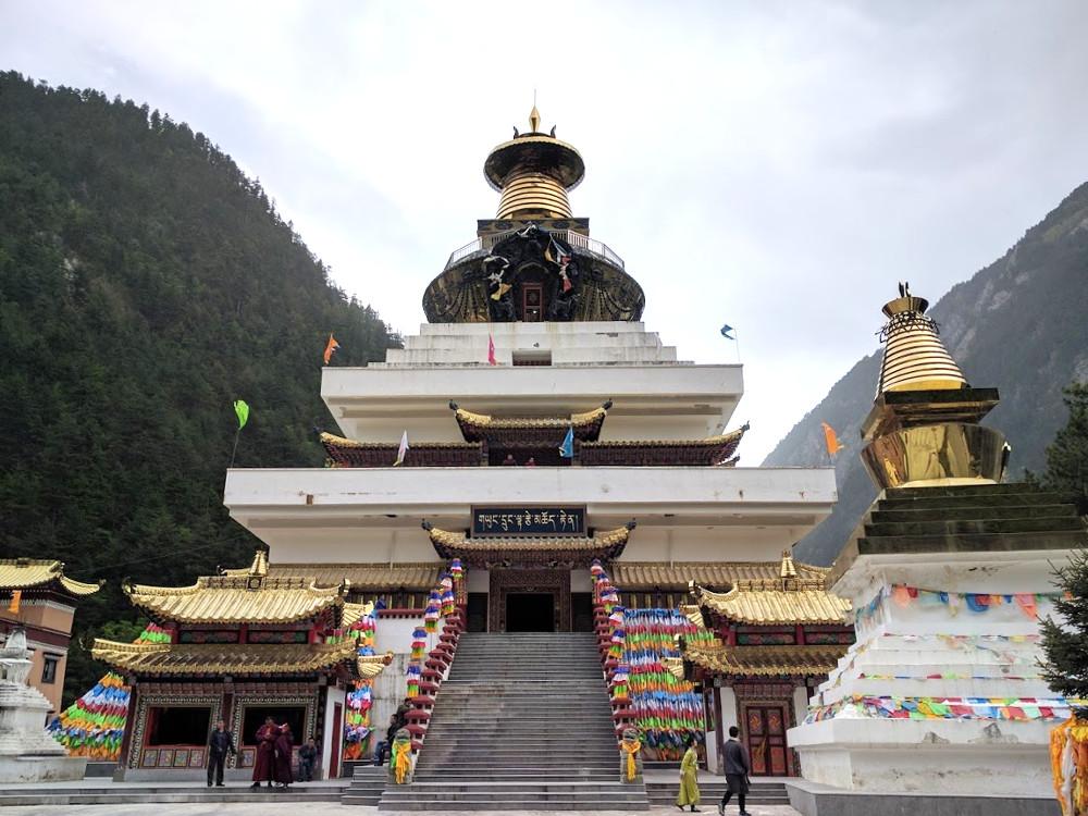 Temple de la Vallée de Jiuzhaigou, dans le Sichuan | Chine